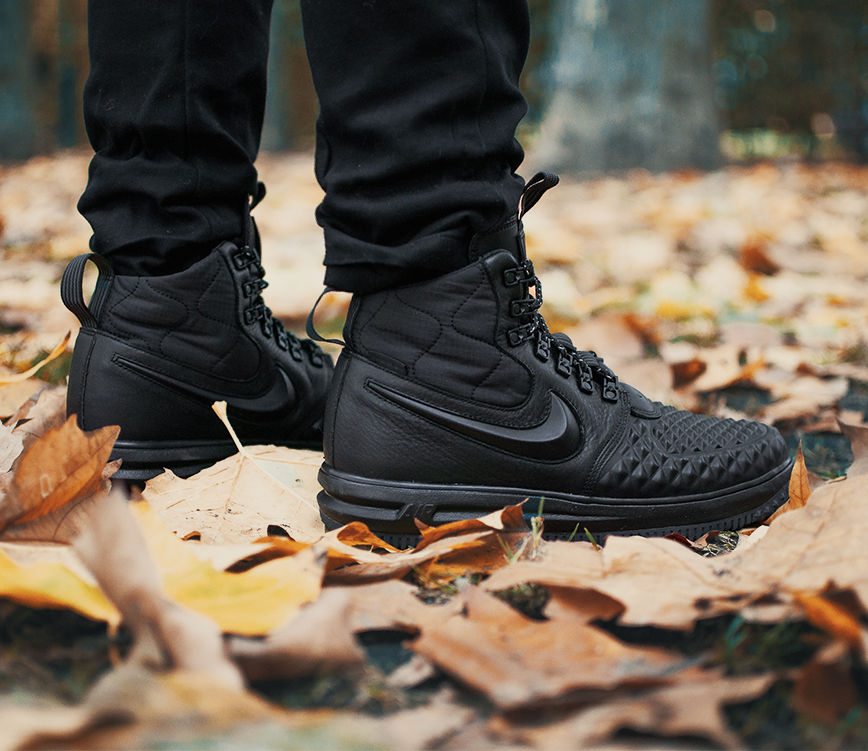 Nike Air Force Duck Boot 2