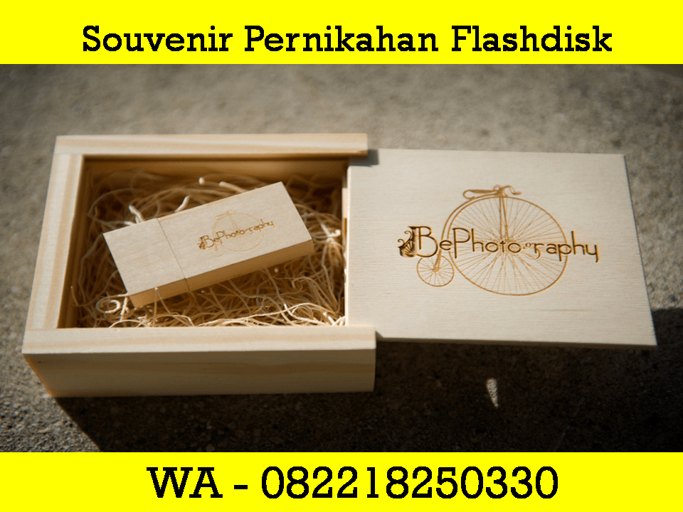 Souvenir Wedding USB Flash Disk