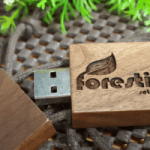 Usb Custom Kayu