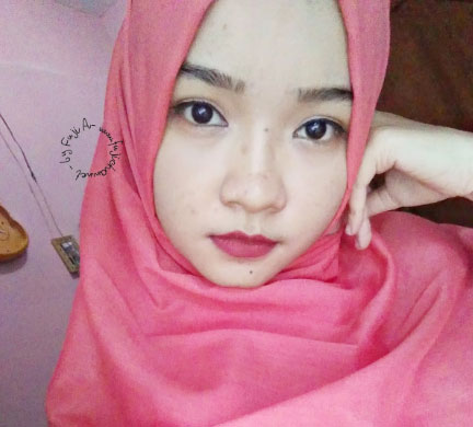 Wardah Exclusive Matte Lip Cream, shade Red-Dicted (01)