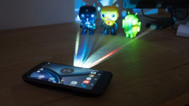 Moto Z with Projector MotoMod